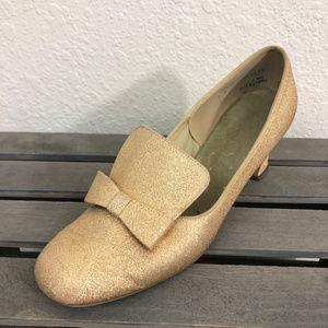 Vintage Unbranded Heeled Loafers Sz 7M Gold Lame